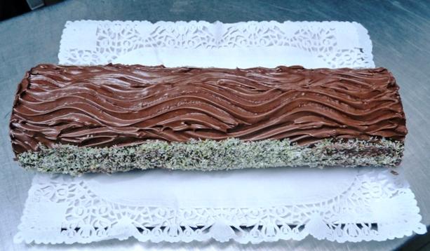 álomsüti csokis fatörzs torta